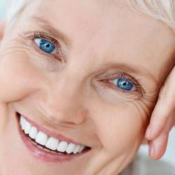 prótese dentaria acrílica